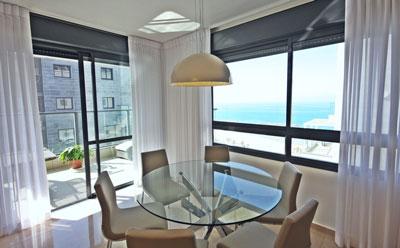 עיצוב דירה מול הים