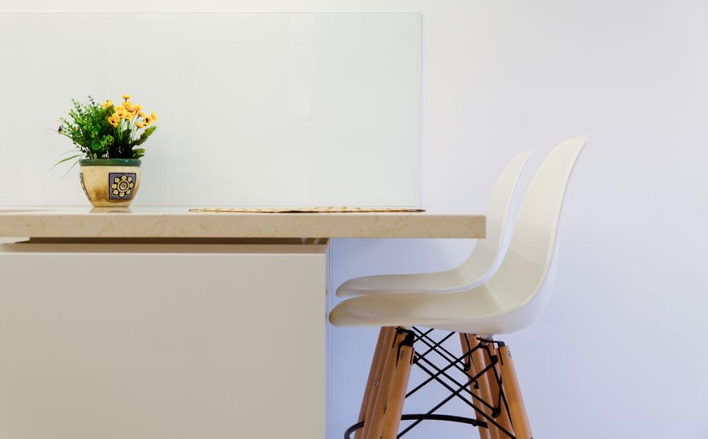 כיסאות בר במטבח
