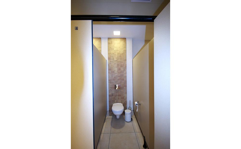 חדר-שירותים-מעוצבים