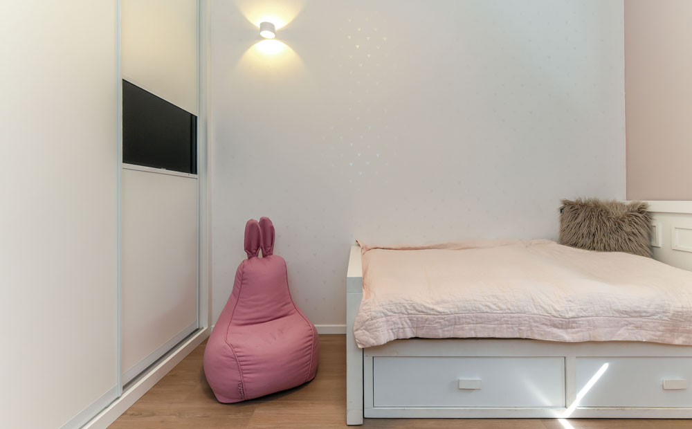חדר שינה מעוצב לנערות