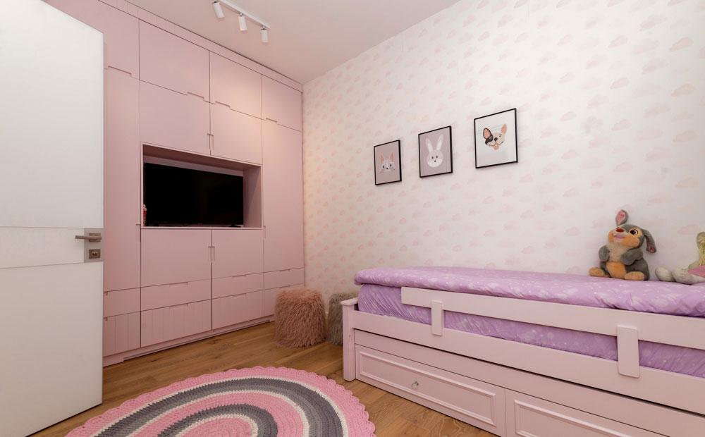 חדר שינה ילדים בגווני ורוד