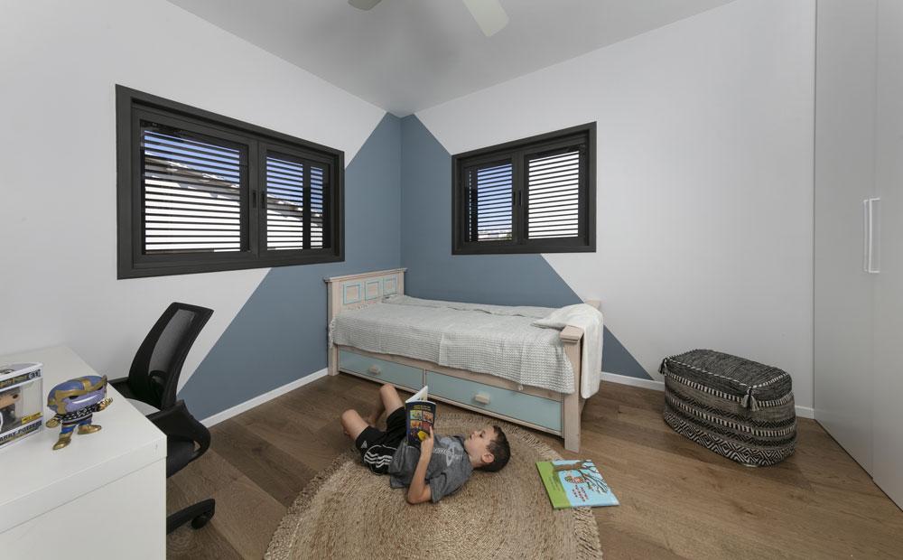 חדר ילדים בגוון אפור